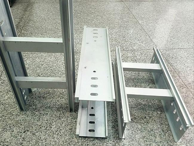 铝合金梯级式桥架(型材)